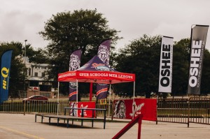 spur and oshee banners and kazoo